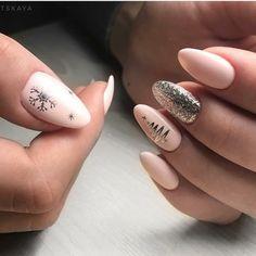 Semi-permanent varnish, false nails, patches: which manicure to choose? - My Nails Christmas Gel Nails, Holiday Nails, Classy Nails, Stylish Nails, Luxury Nails, Dream Nails, Nagel Gel, Gold Nails, Perfect Nails