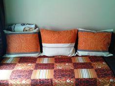http://agula-handmade.blogspot.com/2015/05/rude-poduszki.html