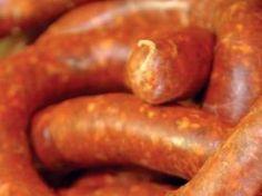 Házikolbász - Receptek Hungarian Cuisine, Hungarian Recipes, Hungarian Food, Homemade Sausage Recipes, Heritage Recipe, How To Make Sausage, Pasta, Home Recipes, Vintage Recipes