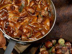 Boeuf bourguignon Meat Recipes, Crockpot Recipes, Cooking Recipes, Good Roasts, Good Food, Yummy Food, I Foods, Favorite Recipes