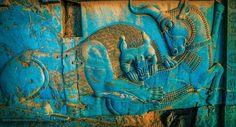Bir zamanlar Persopolis bu renkteydi.... İran'da Taht-ı Cemşit derler oraya (Ceçmşid'in tahtı)....