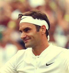 Roger Federer, The Greatest Tennis Player with the Most Grandslam Titles