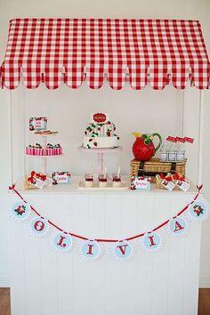 Strawberry Market Stall | CatchMyParty.com