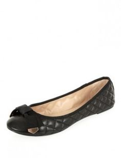 Black Quilted Ballet Pumps 19,99 € #trend #newlook #shoppingpicks