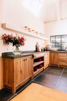 Kitchen Furniture, Kitchen Decor, Furniture Design, Design Your Home, Küchen Design, Interior Design Kitchen, Cabana, Interior Inspiration, Home Kitchens