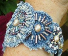 Fabric Beads, Fabric Jewelry, Beaded Jewelry, Jewellery, Handmade Bracelets, Handmade Jewelry, Crochet Leg Warmers, Denim Crafts, Recycle Jeans