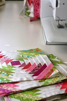 Pineapple Quilt Progress & Patterns - A Little Bit Biased