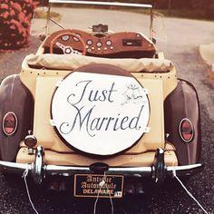 EBR Blog: Newlywed Name Changing Tips #experienceEBR #wedding #newlywed #justmarried #love