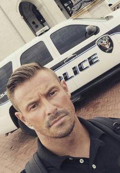 Cop Uniform, Men In Uniform, Men Tumblr, Mustache Men, Hot Cops, Handsome Faces, Facial Hair, Male Beauty, Man Crush