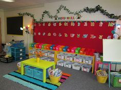 Word Wall, Classroom Library, and Individual Book Bins for Students Daily 5 Book Choices - Classroom set-up Ideas