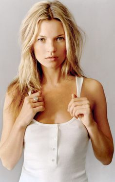This easy breezy, beach swept look is seriously hot right now. Kate Moss looks great and this is a good example if you want to copy this Natural beauty....x