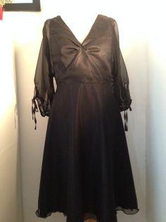 Couture - Une petite robe noire en mousseline et satin | Lagouagouache