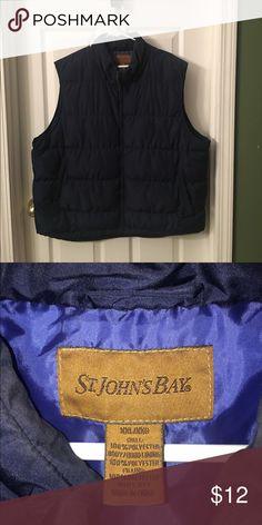 ⭐️⭐️ FANTASTIC WARM VEST ⭐️⭐️ Handsome Vest ✨✨ VERY WARM ✨✨ Navy Blue... did I mention HANDSOME? 😉 St. John's Bay Jackets & Coats Vests