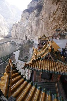 "evocativesynthesis: "" Hanging Temple of Hengshan "" The Hanging Temple, located about 60 km southwest of Datong, China in Shanxi province, is one of the world's forgotten wonders. Clinging to a crag of Hengshan mountain, in apparent defiance of. Places Around The World, Oh The Places You'll Go, Places To Travel, Places To Visit, Around The Worlds, Travel Pics, Beijing, Shanghai, Magic Places"