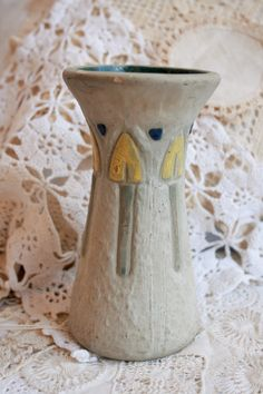 It doesn't get more classic than this Roseville Mostique Vase!