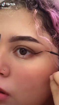 Edgy Makeup, Dark Makeup, Beauty Makeup, Fun Makeup, Makeup Eyes, Eyeliner For Hooded Eyes, Eyeliner Looks, Kawaii Makeup, Anime Makeup