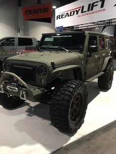 Looking jeep grand cherokee, or power wheel jeeps, Click visit link for more info Auto Jeep, Jeep Jk, Jeep Truck, Jeep Wrangler Jk, Jeep Rubicon, Jeep Wrangler Unlimited, Jeep Carros, Jeep Photos, Badass Jeep