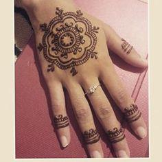 unique henna/mehndi design by @hennabyzahira on Instagram Vancouver B.C zara_35@hotmail.c...