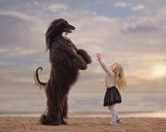 --Weiss, when I'm 7 years old, like you, I can reach you! #littlekidsandtheirbigdogs