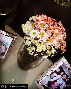 LO QUE DICEN NUESTROS CLIENTES!!! #Repost @keyscupcakes with @repostapp  Si quieres excelentes flores. Las mejores son la de @vickysflowers a 2semanas y media y estas flores siguen radiantes en mi casa.#masquefloressomossentimientos #quelasfloresnopasendemoda