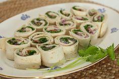 Wraps med spekeskinke - My Little Kitchen Kitchen Wrap, Little Kitchen, Wrap Recipes, Pasta Salad, Tapas, Sushi, Brunch, Yummy Food, Snacks