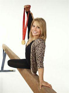 Model Olympian: Shawn Johnson - Via entertainment-i-love! Olympic Athletes, Olympic Team, Olympic Games, Gymnastics World, Olympic Gymnastics, Pretty People, Beautiful People, Amazing People, Nastia Liukin