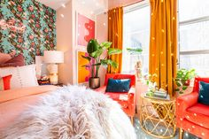 Nov 2019 - Libby Rasmussen of Libby Living Colorfully has turned this rental apartment into an incredibly interesting and eclectic home. Bedroom Apartment, Apartment Therapy, Bedroom Decor, Bedroom Chair, Hippie Apartment, Estilo Kitsch, Phineas Und Ferb, Colorful Apartment, Donatella Versace