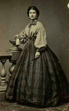 Garibaldi blouse