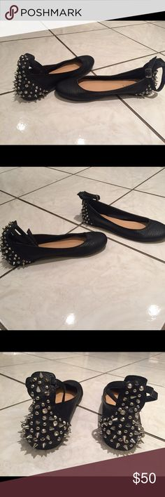 Studded ballerina flats Amazing Faux-snakeskin studded ballerina flats. Like new worn only twice indoors no  signs of wear at all. Great with jeans or leggings. Shoes Flats & Loafers