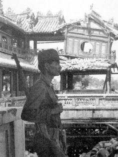 https://flic.kr/p/fqYBcA   Ngọ Môn Quan - Huế 1968