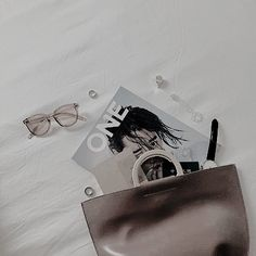 Image discovered by Arii ♡. Find images and videos about pink, white and aesthetic on We Heart It - the app to get lost in what you love. Pale Aesthetic, Aesthetic Photo, Hello To Myself, Seong, We Heart It, Madewell, Bloom, Pure Products, Tote Bag