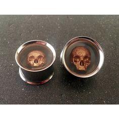 """Skull Ear Plugs Steel Tunnel 316L - 0g 8mm - 00g 10mm - 7/16"""" 11mm -... ($30) ❤ liked on Polyvore featuring jewelry, earrings, plugs, piercing, skull jewellery, clear crystal earrings, skull earrings, clear jewelry and polish jewelry"""