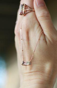 Tourmaline jewels Arrow Necklace, Jewelery, Fine Jewelry, Jewelry Design, Crafts, Jewlery, Jewels, Manualidades, Jewerly