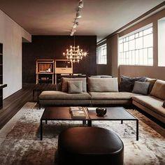 Vincent Van Duysen describes the new Molteni home.  Watch now - Link to Full Interview in Bio  #Designbest #VincentVanDuysen #Molteni #MolteniGroup