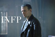 Christopher Eccleston as the ninth Doctor in 'Doctor Who'You can find Christopher eccleston and more on our website.Christopher Eccleston as the ninth Doctor in 'Doctor Who' Doctor Who 9, First Doctor, Eleventh Doctor, Russell T Davies, Paul Mcgann, Tv Doctors, Christopher Eccleston, Out Of Touch, Episode Guide