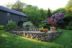 terrace-and-rhodie.jpg 1,280×852 pixels