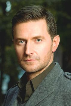 As I've said once or twice to my husband: This (Richard Armitage) is the only reason for a divorce. He laughed and laughed - I don't know why???