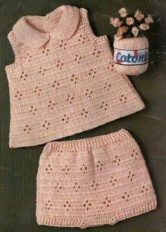 2014 Girls and Boys Knitting Team Samples - Kindermode Ideen 2019 Crochet Baby Dress Pattern, Baby Dress Patterns, Baby Girl Crochet, Crochet Baby Clothes, Baby Knitting Patterns, Knitting For Kids, Crochet For Kids, Knit Crochet, Baby Sweaters