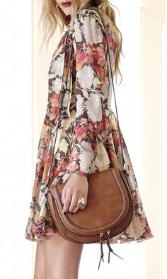 fall florals + the perfect fall saddle bag