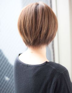 横顔美人なさらっと小顔ショート(YK−76) | ヘアカタログ・髪型・ヘアスタイル|AFLOAT(アフロート)表参道・銀座・名古屋の美容室・美容院