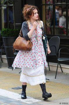Helena Bonham Carter, love her style Helena Bonham Carter, Helena Carter, Carters Clothing, Marla Singer, Granny Chic, Bellatrix, Boho Fashion, Womens Fashion, Mori Girl