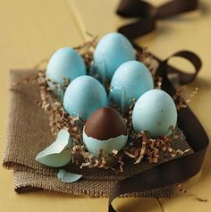 Chocolate-filled robins' eggs from Williams-Sonoma  - so adorable!