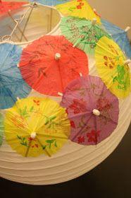 Both Sides of Bed: Házlo tú mismo: Lámpara de Sombrillas de Cóctel - DIY: Cocktail Umbrella's Paper Lamp
