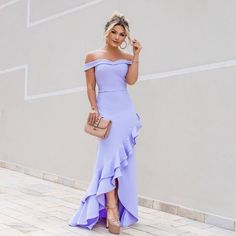 Photo September 25 2019 at womens fashion style hats shoes minimal simple dress ootd summer comfortable for her ideas tips street Gala Dresses, Formal Dresses, Lovely Dresses, Evening Dresses, Ideias Fashion, Fashion Dresses, Bridesmaid Dresses, Strapless Dress, Outfits