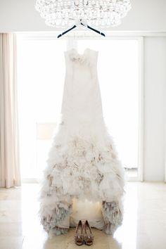 Tendance Robe De Mariée 2018 : This stunning Hayley Paige dress: www. Hanging Wedding Dress, Bridal Gowns, Wedding Gowns, Dream Wedding, Wedding Day, Wedding Scene, Cancun Wedding, Bridal Salon, Wedding Styles