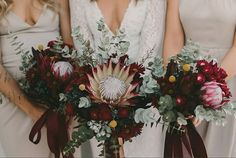 These moody hues have us ready for fall!😍 Captured by @zoemorleyphotography Florals by @_bloomtribe_ Dress by @aelkemi_inc #weddingplanning #weddinginspiration #weddinginspo #bridetobe #isaidyes