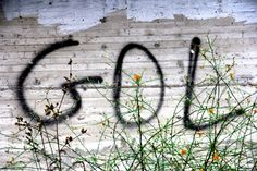 """Seed MediaAgency sbarca su Fútbologia con un fotoracconto a quattro mani, due occhi e due piedi destri.   Futbologia è un progetto supportato, tra l'altro, da Gianni Minà, Wu Ming, Valerio Mastandrea e John Foot.    """"Il gol esiste ancora"""", fotoracconto scaricabile anche in PDF.  http://blog.futbologia.org/2012/07/27/il-gol-esiste-ancora-fotoracconto/"""