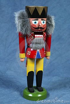 nutcracker - don't know what I like about this one, but he caught my eye.  Love the flurry of fur around his ears.  Is it his hair?  We will never know for sure....
