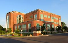Rush Limbaugh Senior Federal Courthouse in Cape Girardeau, MO by Eridony, via Flickr