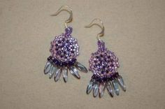 You can make these pretty earrings !